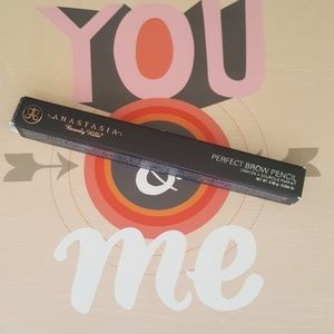 ANASTASIA BEVERLY HILLS BROW PENCIL MED BROWN